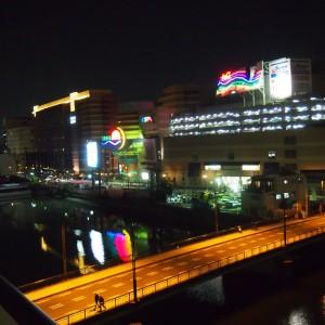 ベランダからの眺望(夜)